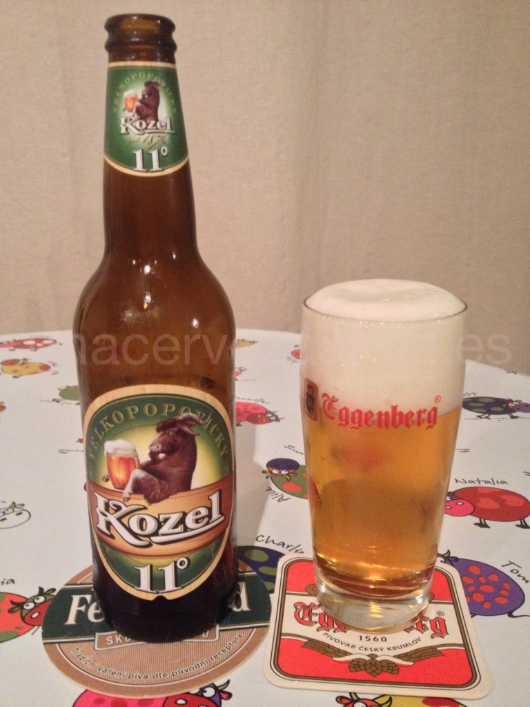 Kozel Medium 11 Svetly Lezak